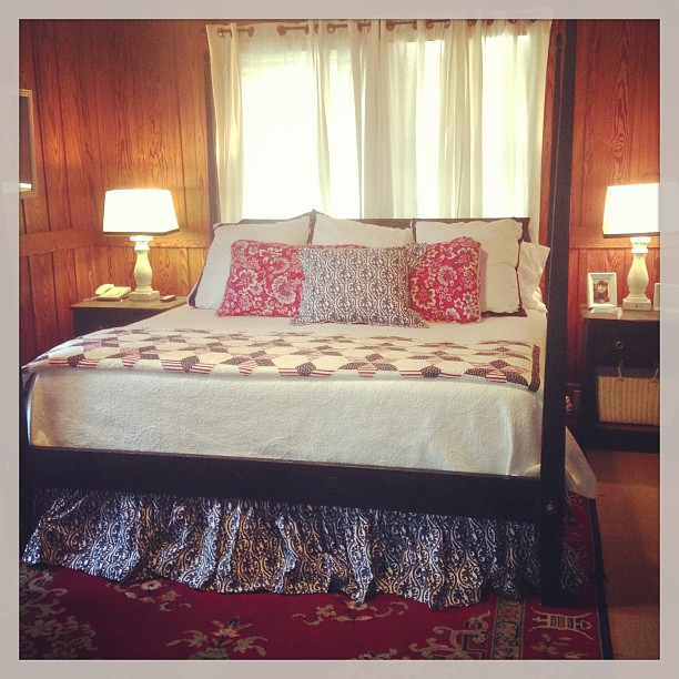 Ethan Allen Craigslist bed in all her glory! Next month, curtains in ...