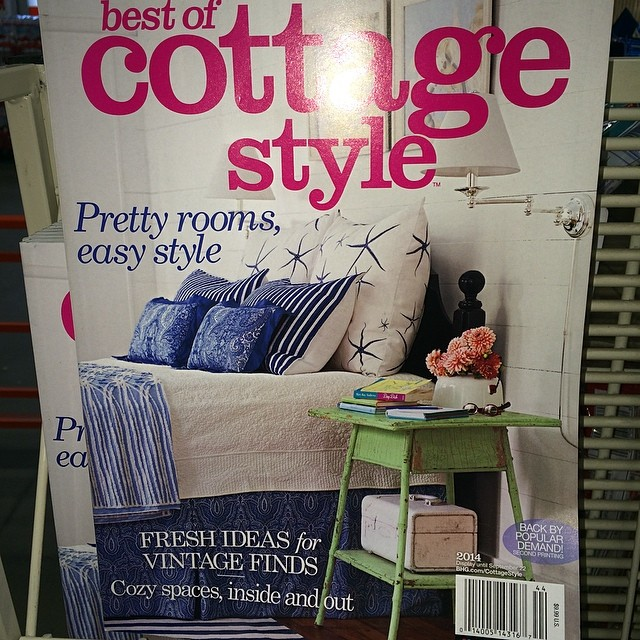 Enjoyable Lookie Here Master Bedroom At Breeze Inn Featured On Cover Interior Design Ideas Gresisoteloinfo