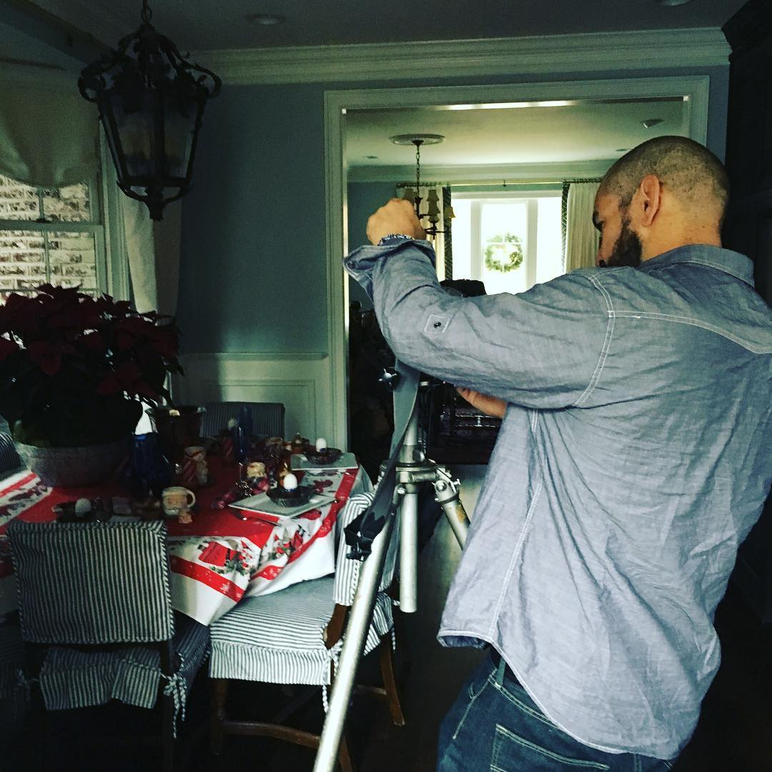 Current situation: photo dude Christopher Oquendo is here shooting our double-wide all dressed up for the @ajcnews. Look for story and pix in this Sunday's Homefinder section. In the meantime I've been up, wearing makeup and non yoga pants since 6:30 a.m.